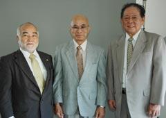 from left: Nakamoto Masahiro, Shinzato Katsuhiko, Takamiyagi Shigeru